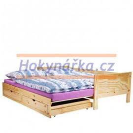 Postel dřevěná lakovaná se zásuvkami masiv borovice výsuvná